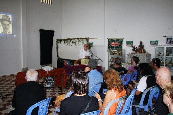Lord Puttnam gives a lecture at Kompot musical School in Cambodia.
