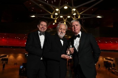 Lord Puttnam receives TK Whitaker Award for Outstanding Contribution to Public Life at the 2019 Business and Finance Irish Business Awards