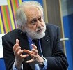Lord David Puttnam officially opens Innovation School Stoke